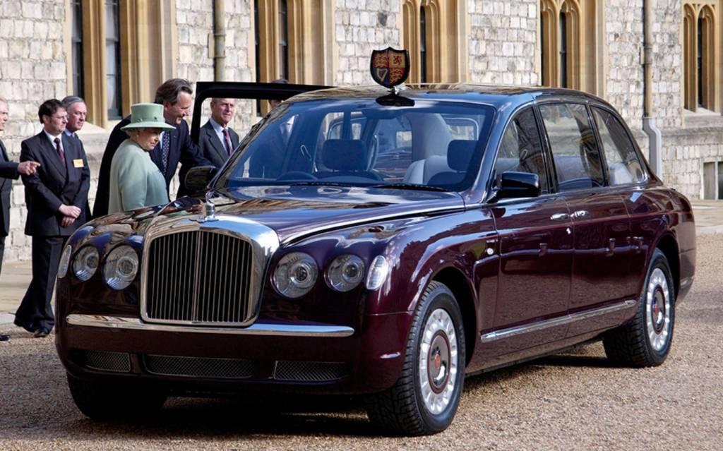 queens-cars-bentley-state-limousine